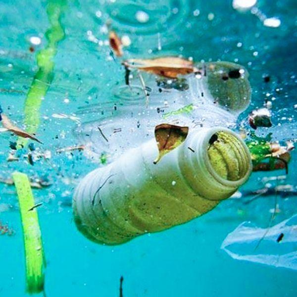 plastico en los mares